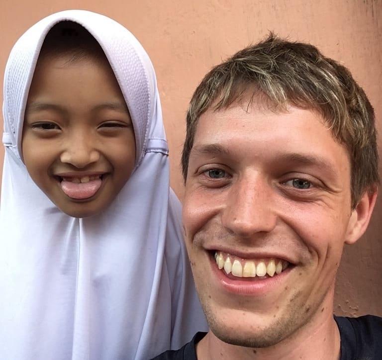 Indonesische-Schuelerin